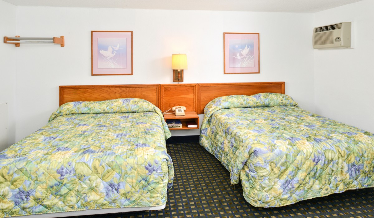 The Sea Horn Motel in Myrtle Beach - 2 Double Bedroom