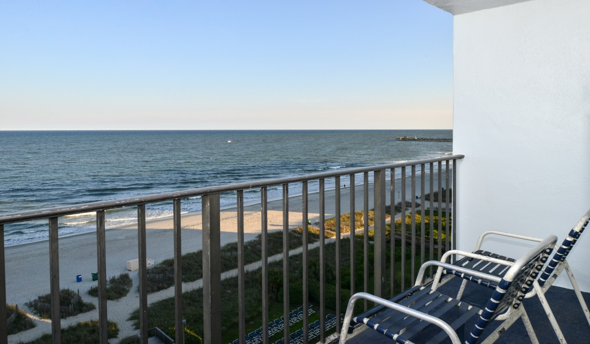 Rooms with balcony views of Myrtle Beach