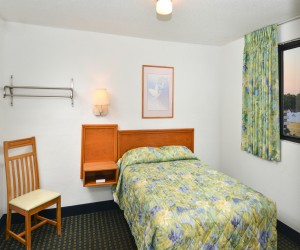 The Sea Horn Motel in Myrtle Beach - 2 Bedroom Double bedroom