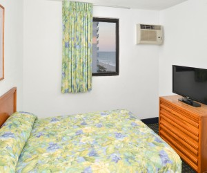 The Sea Horn Motel in Myrtle Beach - Double Bedroom in 2 Bedroom Suite