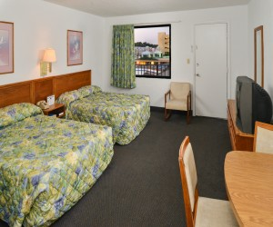 The Sea Horn Motel in Myrtle Beach - 2 Double Bed Room at Sea Horn Motel